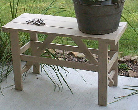 WN106 Primitive Washboard Crock bench
