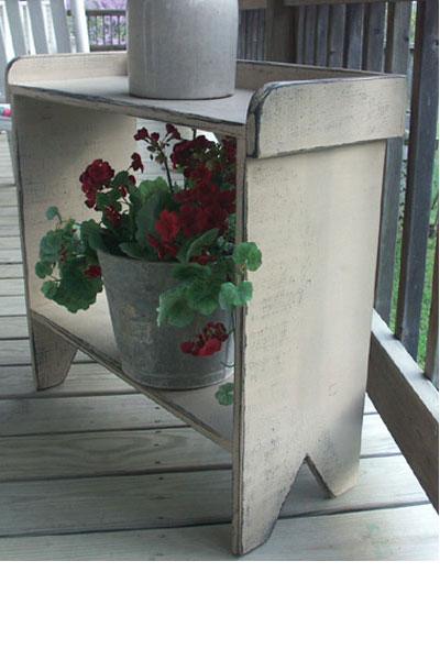 WN137 Prim Bucket Washstand Bench